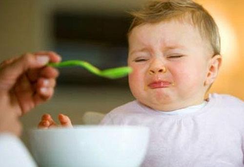 Cách khắc phục bé biếng ăn đơn giản