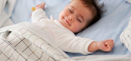 Bé hay thức khuya, không chịu đi ngủ