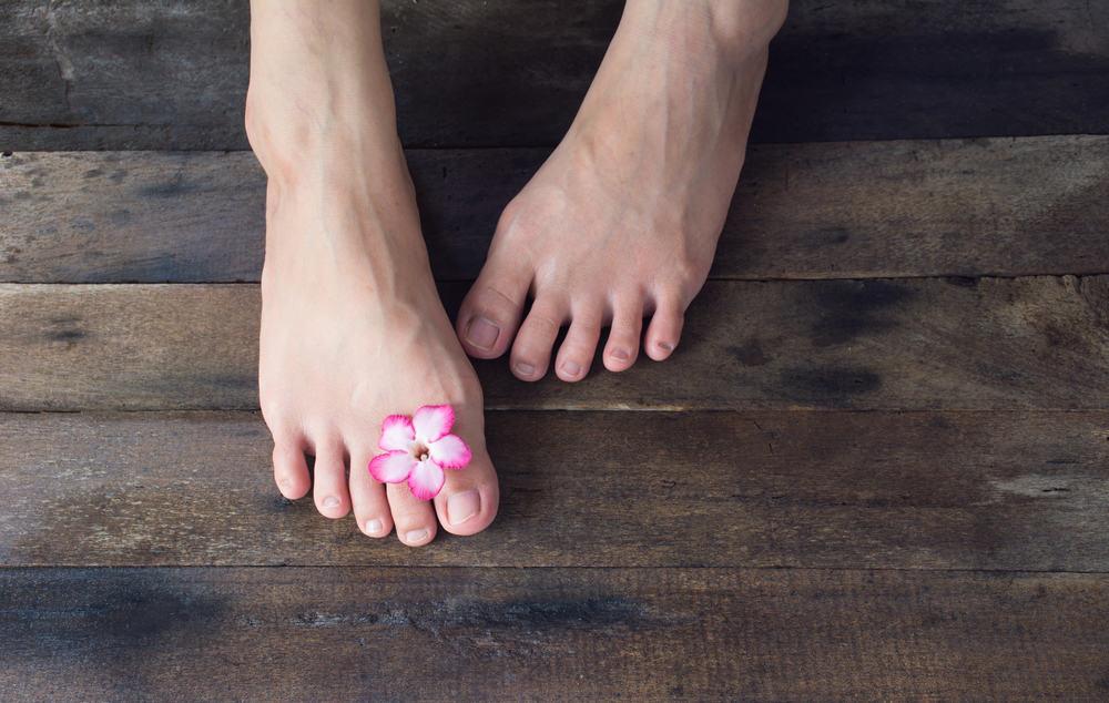 Móng chân bị bong có mọc lại được không?