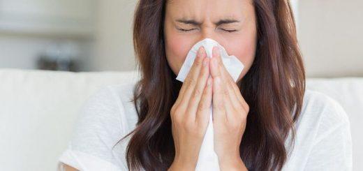 Mỗi lần xì mũi thấy máu chảy ra có nguy hiểm?