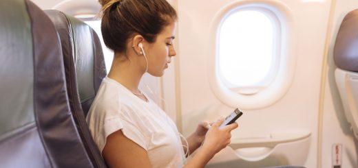 Đi máy bay sau khi sinh 1 tuần có an toàn không?