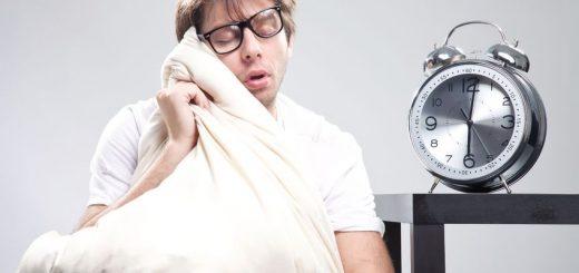 Đầu óc căng thẳng, suy nghĩ linh tinh khó ngủ