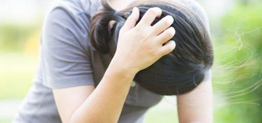 Cách trị da đầu hay ngứa và nhiều gàu