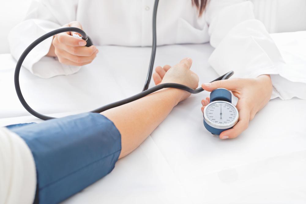 Hỏi cách điều trị tăng huyết áp thứ phát ở người trẻ