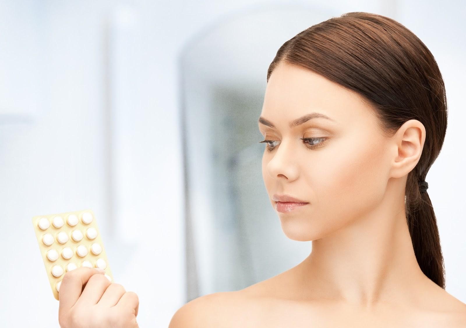 Trị mụn bằng thuốc ngừa thai Diane 35 có an toàn?