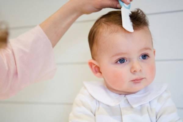 Tóc trẻ bị bạc sớm phải làm sao?