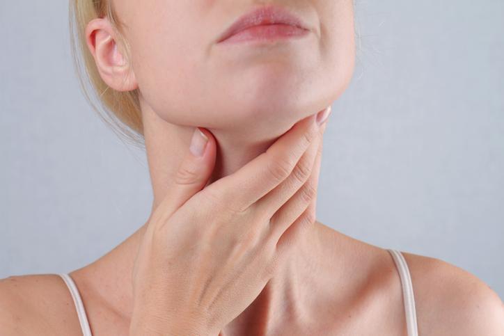 Bị viêm lưỡi, viêm họng nên khám ở đâu?