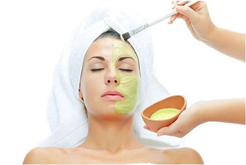 Nguyên nhân gây nám da và điều trị bằng laser hay sử dụng kem
