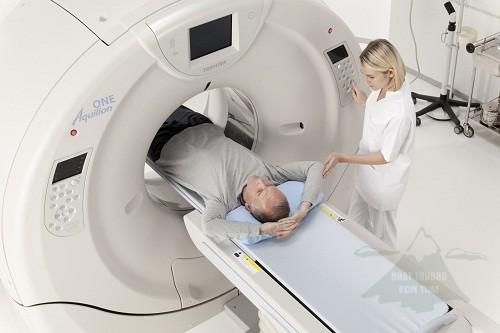 Chụp CT scan liều thấp kiểm tra phổi của người lớn tuổi hút thuốc lá lâu năm