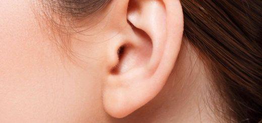 Xuất hiện mụn ở dái tai trái có bất thường?