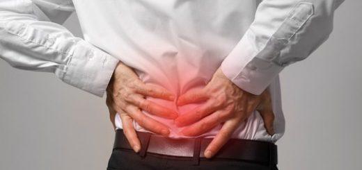 Thường xuyên đi đá banh và tập tạ và hay bị đau ở vùng thắt lưng