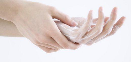 Cách điều trị mụn nước ở kẽ tay, chân