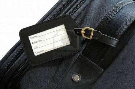 Hướng dẫn xếp quần áo chỉ với 1 chiếc vali