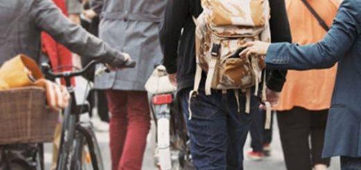 Phòng tránh móc túi khi đi du lịch như thế nào?