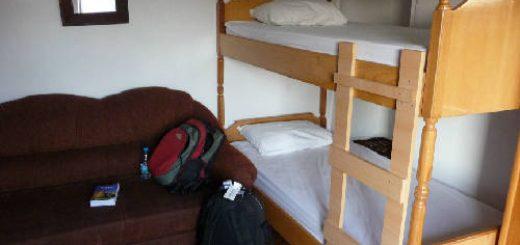 Hướng dẫn chọn nhà nghỉ bình dân hostel an toàn
