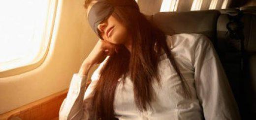 Jet lag là hội chứng rối loạn cơ thể sau những chuyến bay dài do chênh lệch múi giờ gây ra