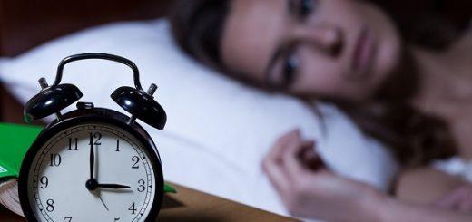 Đi du lịch bị mất ngủ phải làm sao?