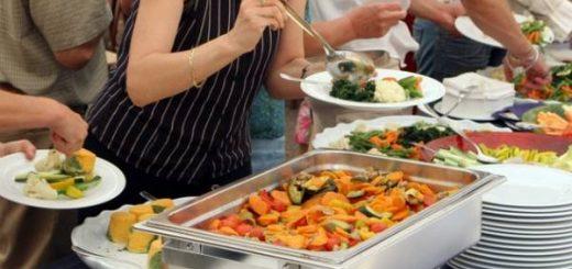 Hướng dẫn ăn uống tiết kiệm khi du lịch nước ngoài