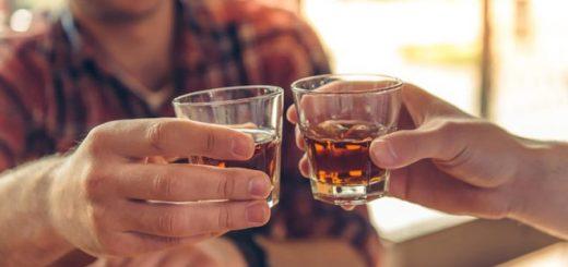 Các mẹo chống say xỉn trên mạng có hiệu quả không?