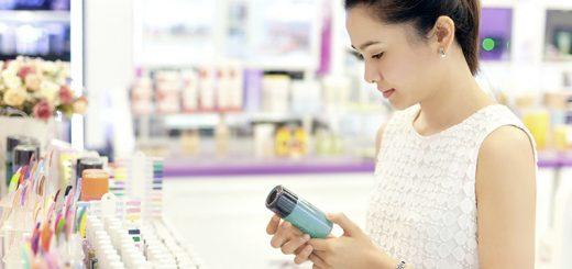 Kem chống nắng, trang điểm, nước hoa, sữa tắm… đối với người bị nám da