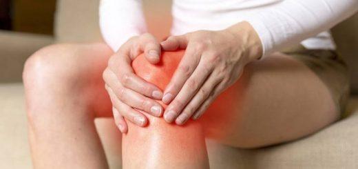 Đầu gối kêu lục cục khi cử động, đau trong gối khi đi lên cầu thang