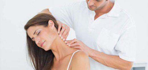 Uống thuốc điều trị đau vai gáy cần chú ý gì?