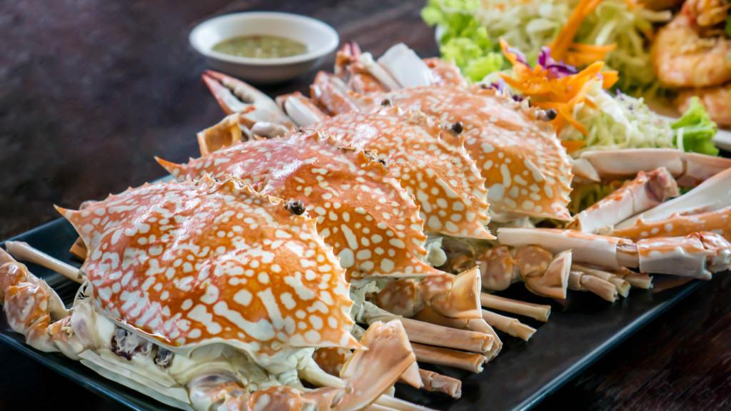 Bị gout có cần kiêng hải sản?