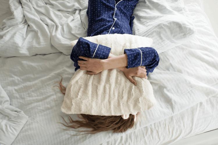 Ngủ không đúng giờ nguy hiểm như thế nào?