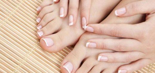 Móng chân bị chẻ đôi phải làm sao?