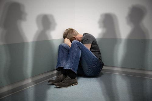 Dấu hiệu bệnh tâm thần phân liệt?