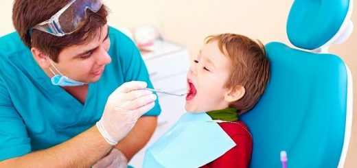 Trẻ bị áp xe răng?
