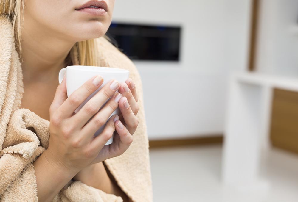 Bị ớn lạnh sống lưng là bệnh gì?