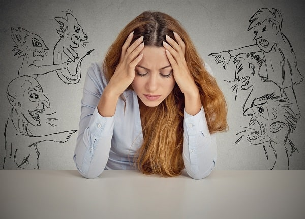 Tại sao bị rối loạn lo âu?