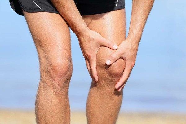 Phẫu thuật xương đùi cần tập luyện như thế nào?