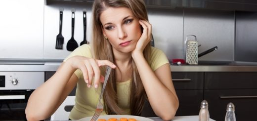 Bị rùng mình khi ăn là bệnh gì?