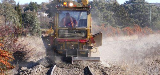 Tại sao đường ray tàu hỏa có đá?